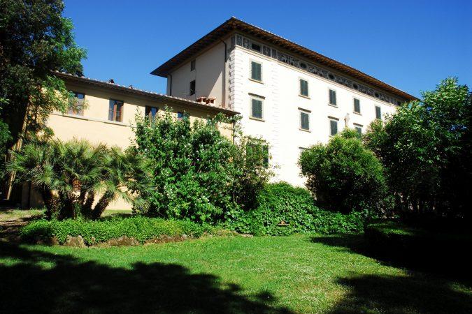 Villa Fiorita, si alza il sipario sull'estate